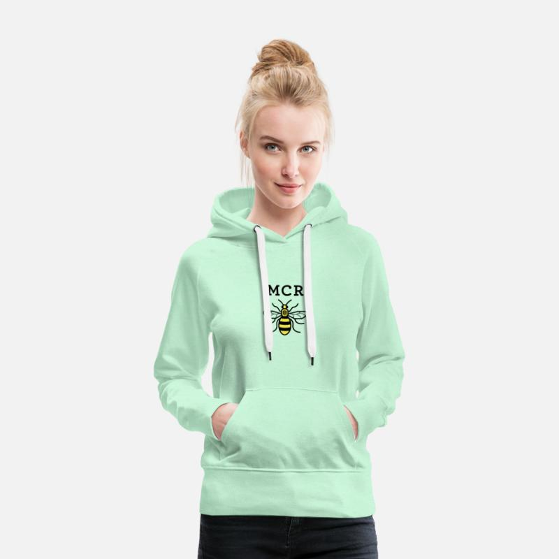 Manchester Hoodies & Sweatshirts - MCR MANCHESTER BEE VECTOR - Women's Premium Hoodie light mint