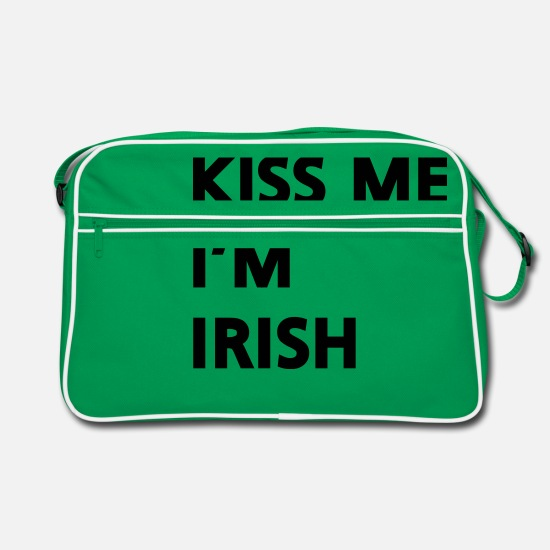 St Patricks Day Bags & Backpacks - Kiss me I'm irish - Retro Bag kelly green/white