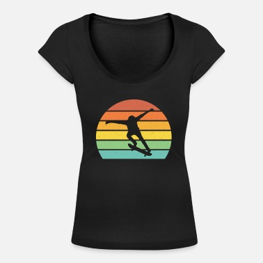 Skateboarding Skateboarding retro sunset cool skateboarder gift - Women's Scoop-Neck T-Shirt