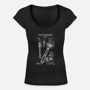 1915 Adjustable Wrench 1915 Patent Print Shirt, Wrench - Women's Scoop-Neck T-Shirt