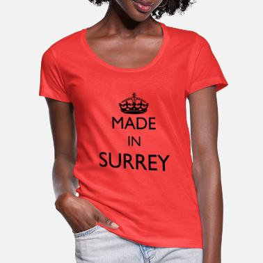 Surrey Personaliseer: Made In Surrey - Vrouwen U-hals T-Shirt