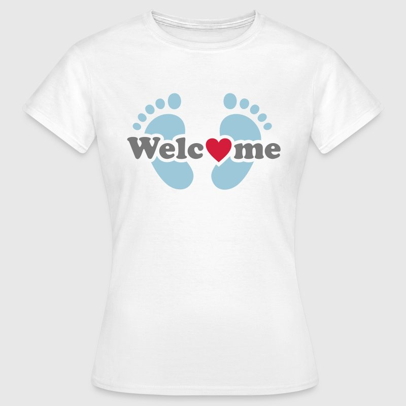 Welcome Me!   Baby feet pregnancy  - baby bump - Women's T-Shirt