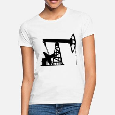 Spill Here comes the oil for the cars - Women's T-Shirt