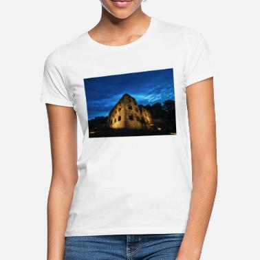 Castle Ruins Castle ruin Landskrone Oppenheim at the blue hour - Women's T-Shirt