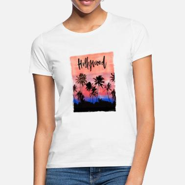 Trip Christmas Tree Lights Palm Tree Beach California - Women's T-Shirt