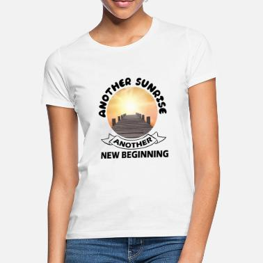 Another another sunrise - Women's T-Shirt