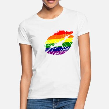 Pride just a kiss - Women's T-Shirt