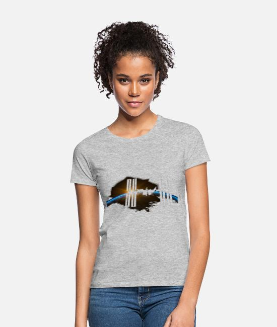 Earth T-Shirts - ISS Fly By - Women's T-Shirt heather grey