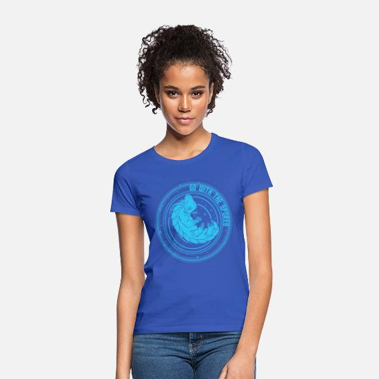 Star Trek T-Shirts - Star Trek Discovery Tardigrade Go With The Spores - Women's T-Shirt royal blue