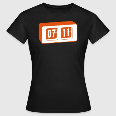 07:11 Retro Clock - Frauen T-Shirt