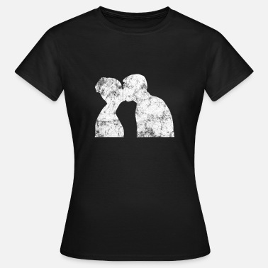 Couple Kiss Kiss kissing couple love - Women's T-Shirt
