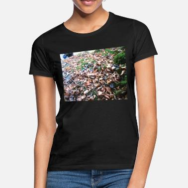 Fall fall - Women's T-Shirt
