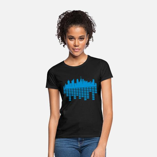 Travel T-Shirts - party city music sound loud metropolis silhouette - Women's T-Shirt black