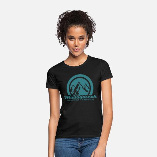 Travel T-Shirts - Madagascar - Women's T-Shirt black