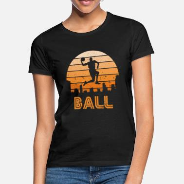 Abstrakt Retro Sonnenuntergang Basketball - Frauen T-Shirt