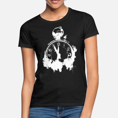 Clock Time Wear Clock - T-shirt dam