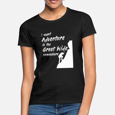 Far Adventure in the far distance - Women's T-Shirt