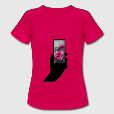 Mobile phone with text - Women's T-Shirt