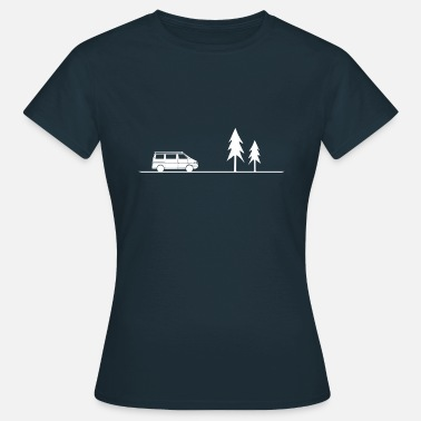Van minimalist camper with trees in white - Women's T-Shirt