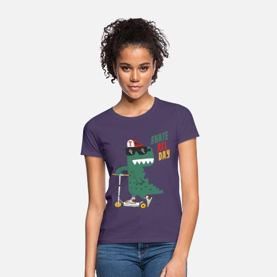 Humour T-shirts - Alligator de patinage - T-shirt Femme violet foncé