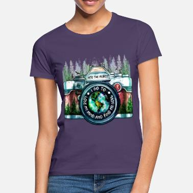Polaroid Photographer Adventure Shirt - Women's T-Shirt