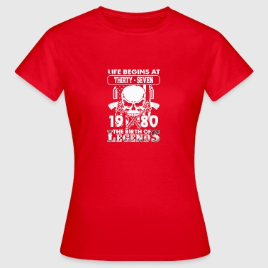 1980 the birth of Legends shirt - Women's T-Shirt