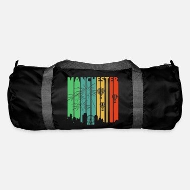 Manchester Vintage Retro Manchester Skyline.Cityscape.England - Duffle Bag