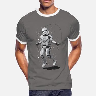 0ccce1e6672f Lustige STORMTROOPER SKIPPING - Männer Kontrast-T-Shirt