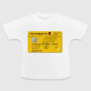 tarjeta de crédito engañando trajes