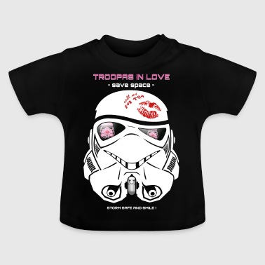 Stromtrooper in Love - Smiling Troopa - spare plads - Baby T-shirt