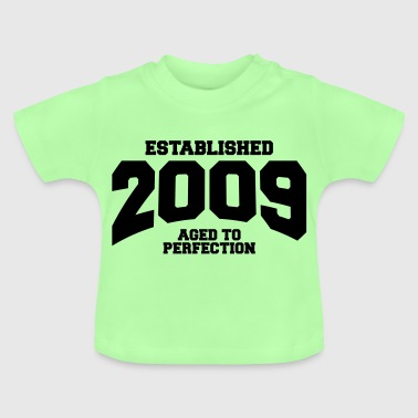 aged to perfection established 2009 (sv) - Baby-T-shirt