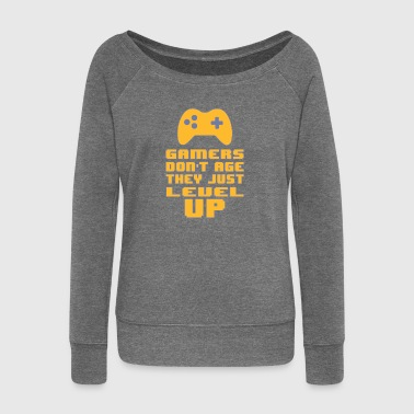 Gamers do not age - Women's Boat Neck Long Sleeve Top