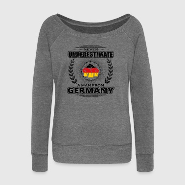Never underestimate man Roots GERMANY png - Women's Boat Neck Long Sleeve Top