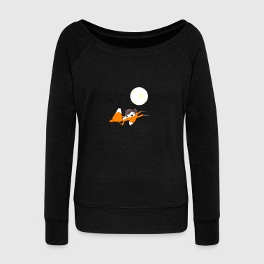 Fox and raccoon sleeping - Women's Boat Neck Long Sleeve Top