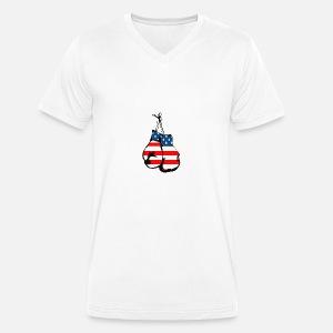 51f6a7af288c Gants de boxe avec le dessin animé du drapeau américain T-shirt ...