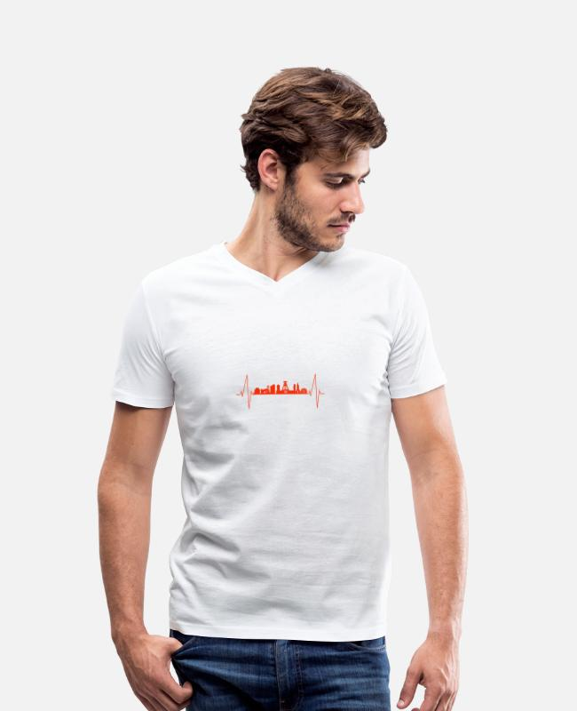 Bochum T-Shirts - Bochum heartbeat - Men's Organic V-Neck T-Shirt white