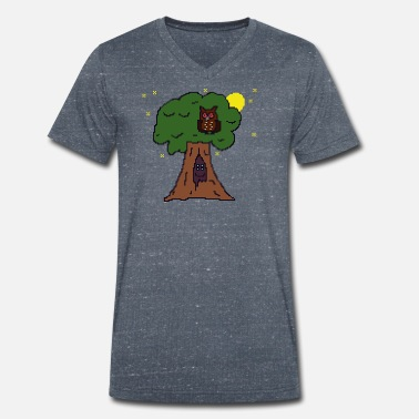 Spirit Tree spirit with owl and night sky pixelart - Men's Organic V-Neck T-Shirt