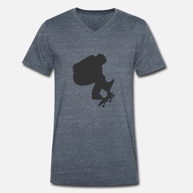 Skater on a skateboard - Men's Organic V-Neck T-Shirt