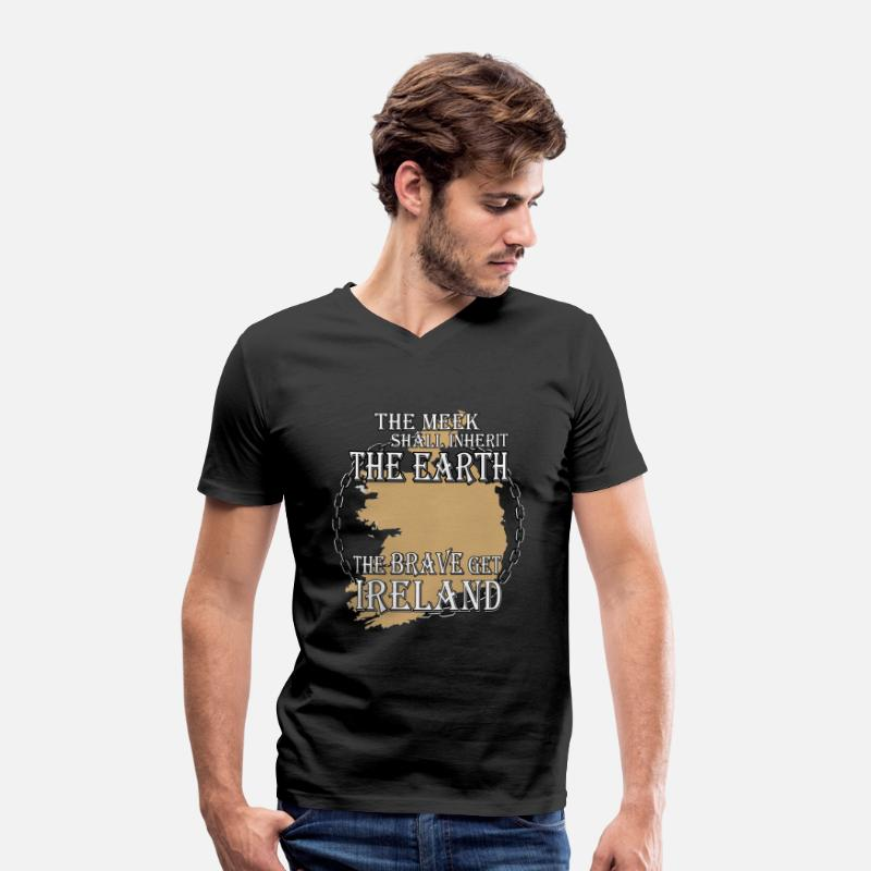 Bible T-Shirts - The brave get Ireland - Men's V-Neck T-Shirt black