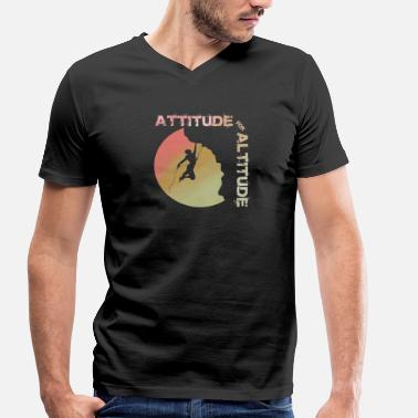 Altitude Attitude for altitude - climbing, bouldering, mountains - Men's Organic V-Neck T-Shirt by Stanley & Stella
