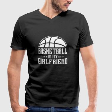 Basketball is my Girlfriend - Mannen bio T-shirt met V-hals van Stanley & Stella