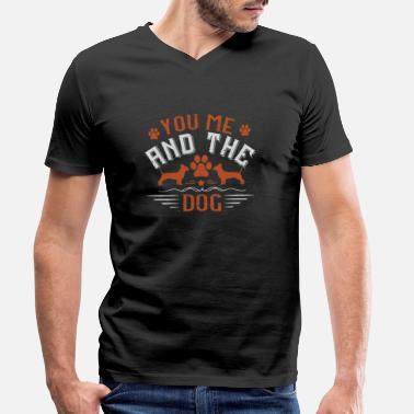 Bulldog You, me, and the dogs - dog talk - Men's Organic V-Neck T-Shirt