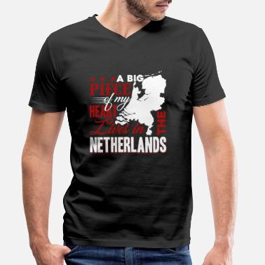 Heart Live Netherlands My Heart Lives In The Netherlands - Men's Organic V-Neck T-Shirt