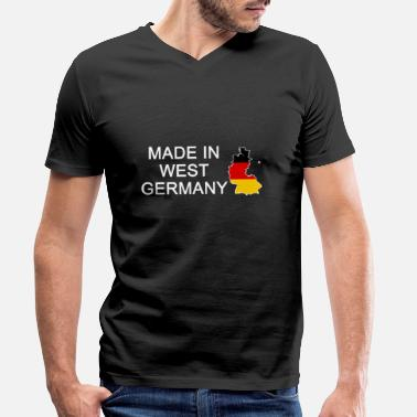 Made In East Germany Made in west germany, geboren in Westdeutschland - Männer Bio-T-Shirt mit V-Ausschnitt von Stanley & Stella