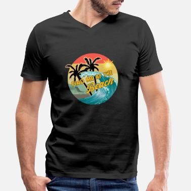 Sunny Day find me at the beach - Männer Bio T-Shirt mit V-Ausschnitt