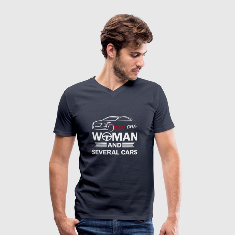Love one woman and several cars - Men's Organic V-Neck T-Shirt by Stanley & Stella