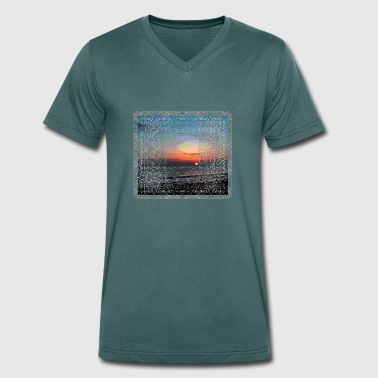 Coast sea - Men's Organic V-Neck T-Shirt by Stanley & Stella