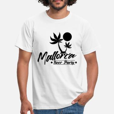 Sangria Mallorca drinking party celebrations - Men's T-Shirt