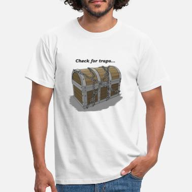 Master check for traps chest - Men's T-Shirt
