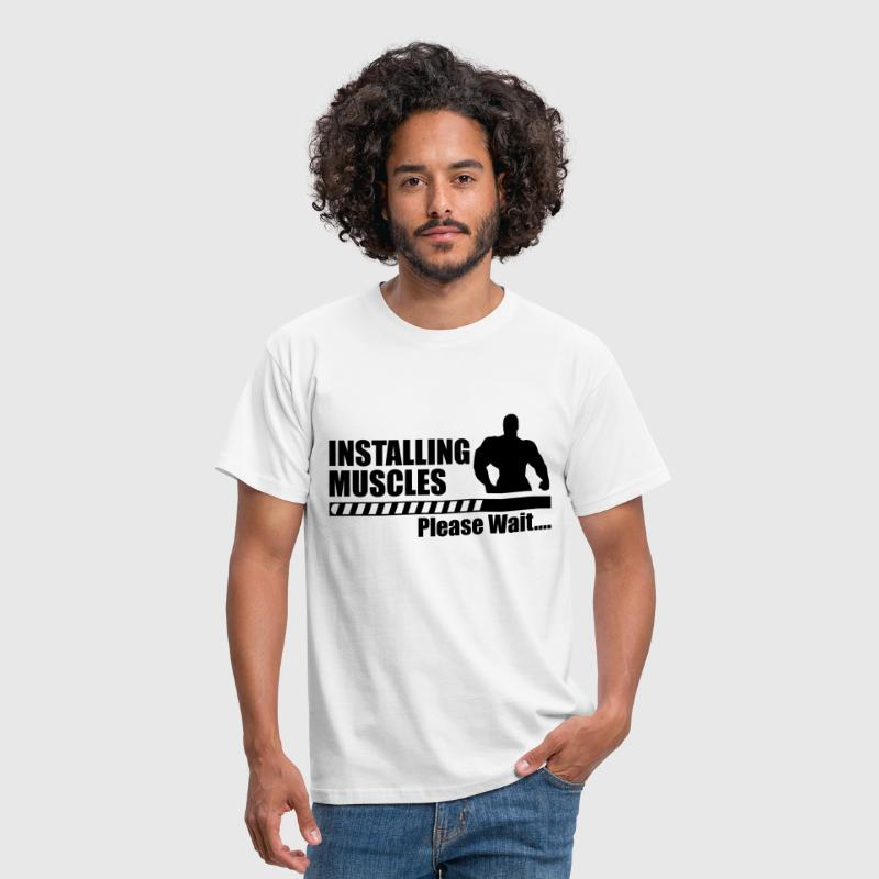 Installing muscles - Funny gym crossfit sport  - Mannen T-shirt